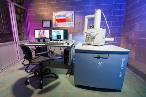 Our scanning electron microscope is an integral tool in our approach to concrete petrography.